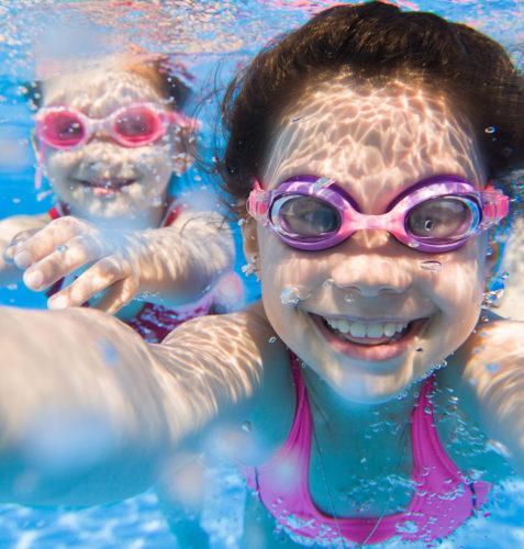 selfie in pool