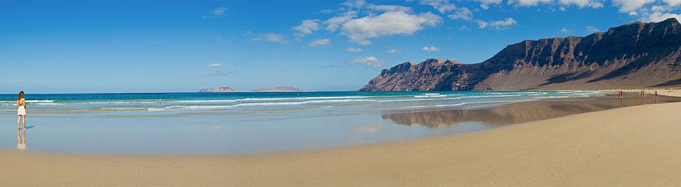 playa de famara surfcanarias